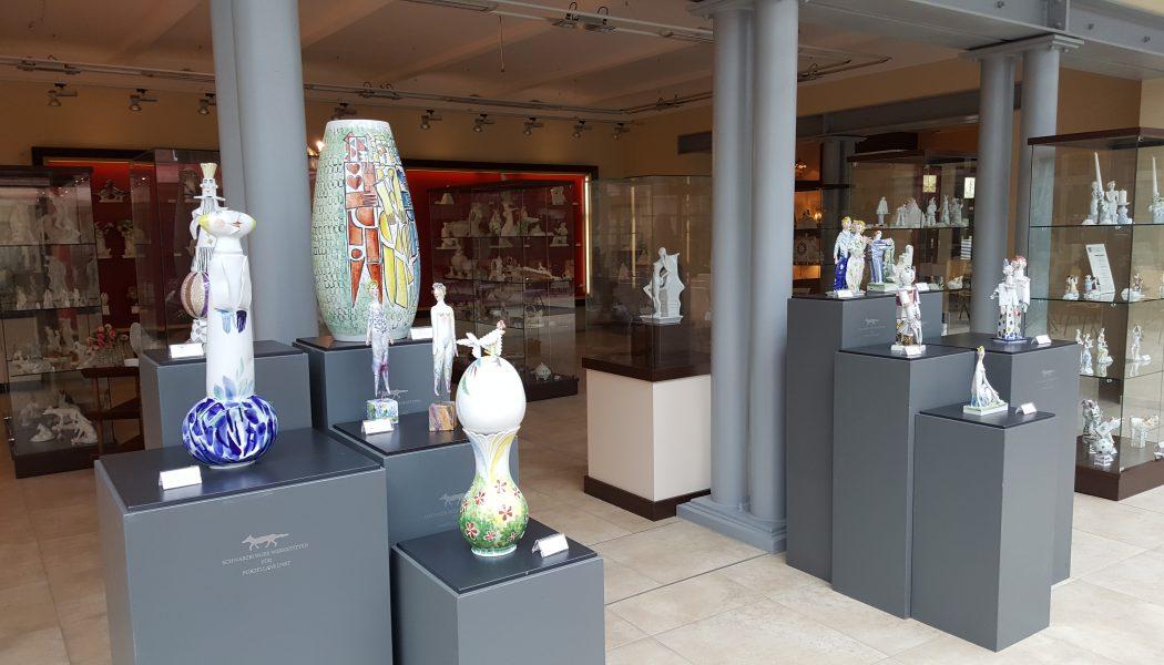 In der Schauhalle, Aelteste Porzellanmanufaktur Volkstedt