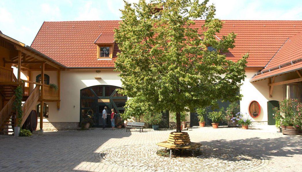 Innenhof Thüringer Weingut Bad Sulza_Quelle Thür. Weingut Bad Sulza