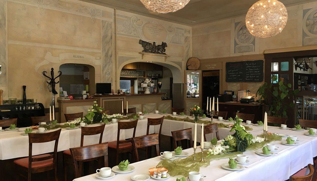 Restaurant-(1)