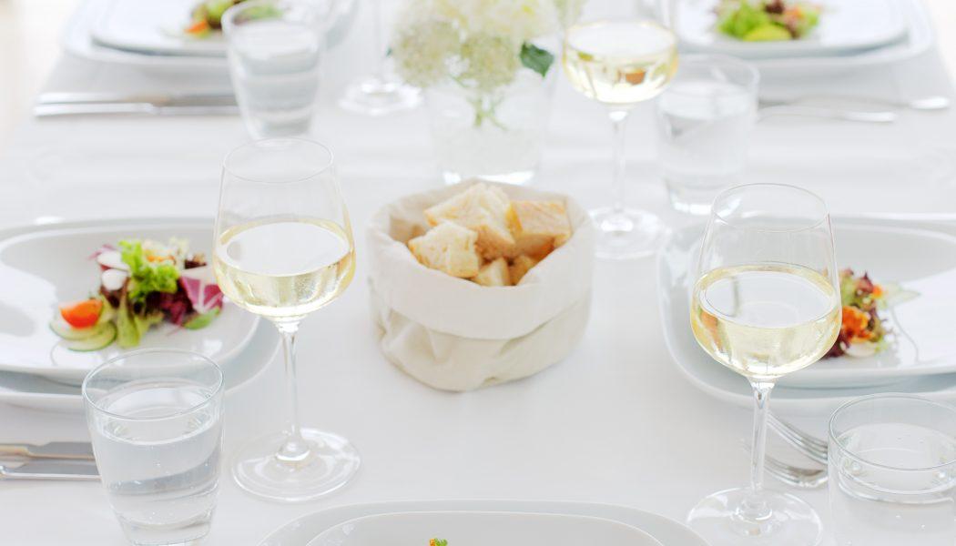 Gedeckter Tisch Restaurant Landgrafen Jena_Foto Peter Eichler_Quelle Th. Tourismusverband Jena-Saale-Holzland