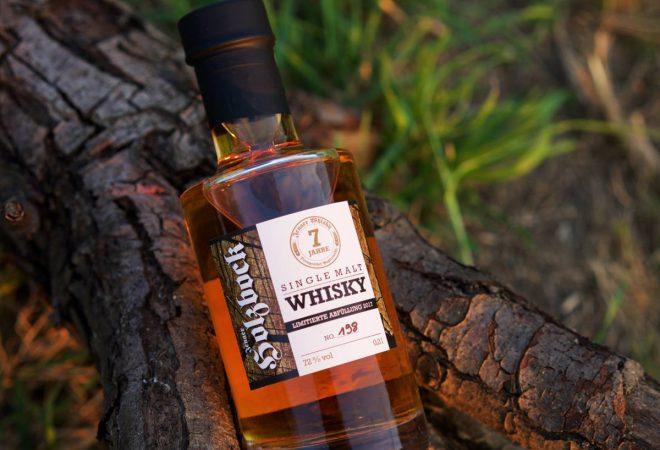 Holzbock Whiskey_Papiermühle Jena