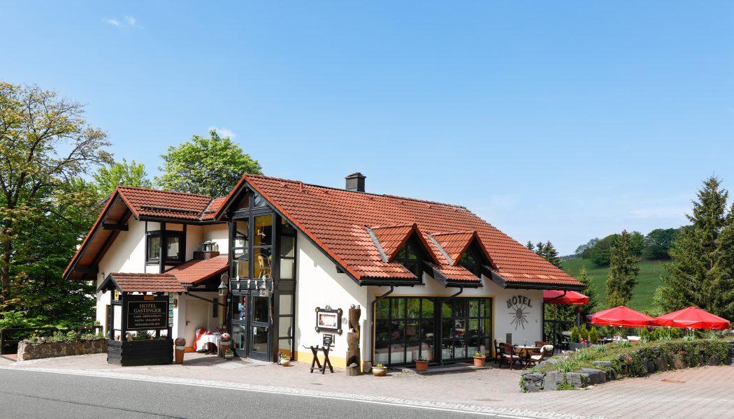 Gastinger_Schmidefeld_aussen_TOP